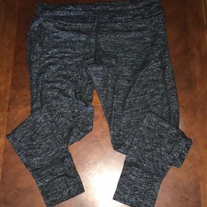 NWOT the softest lounging joggers